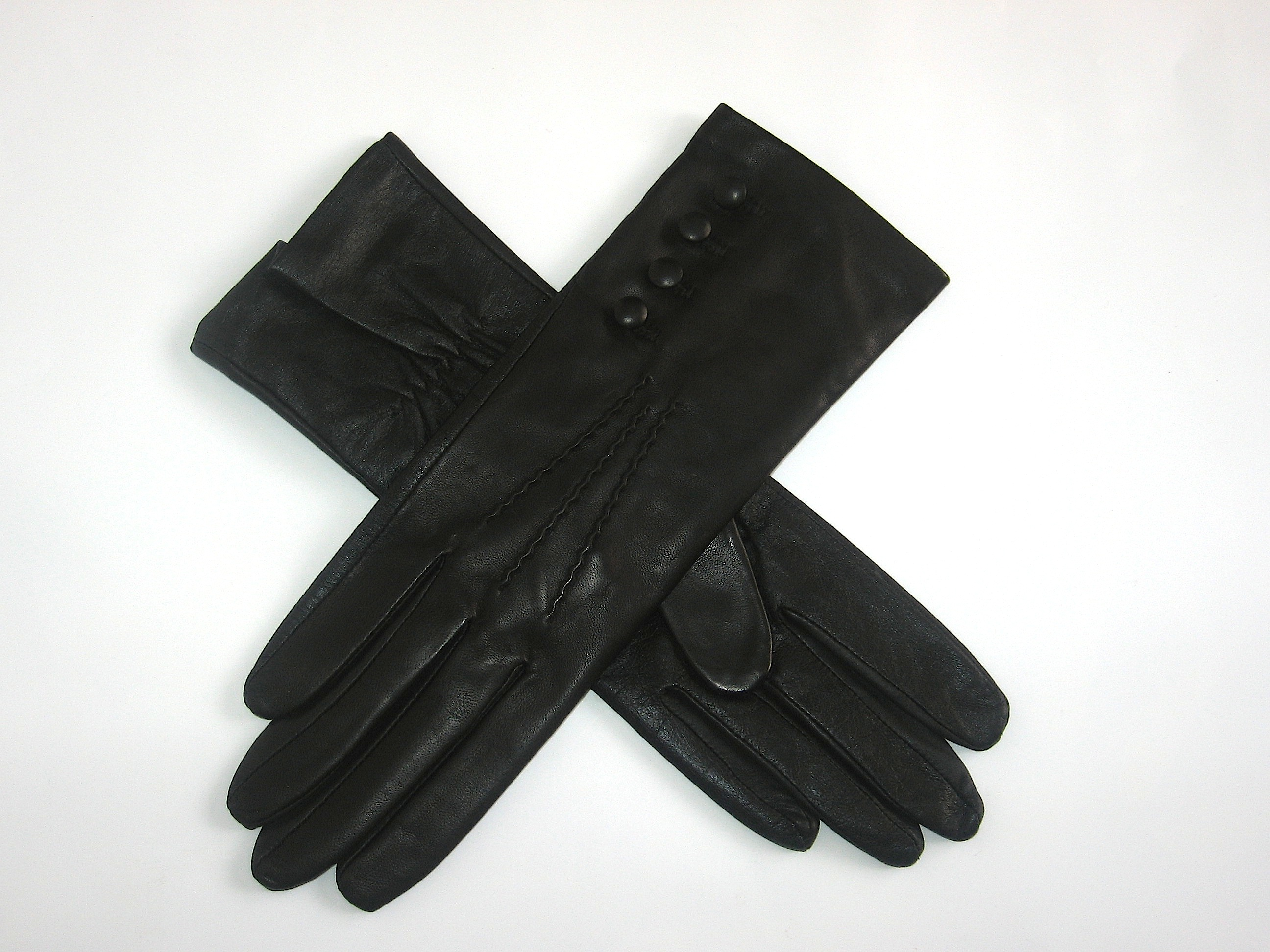Pittards ladies leather gloves - Touchscreen Technology Pittards Conductive Leather Gloves In Black Lined With 100 Silk With An Elasticated Palm And Three Point Stitching On The Back