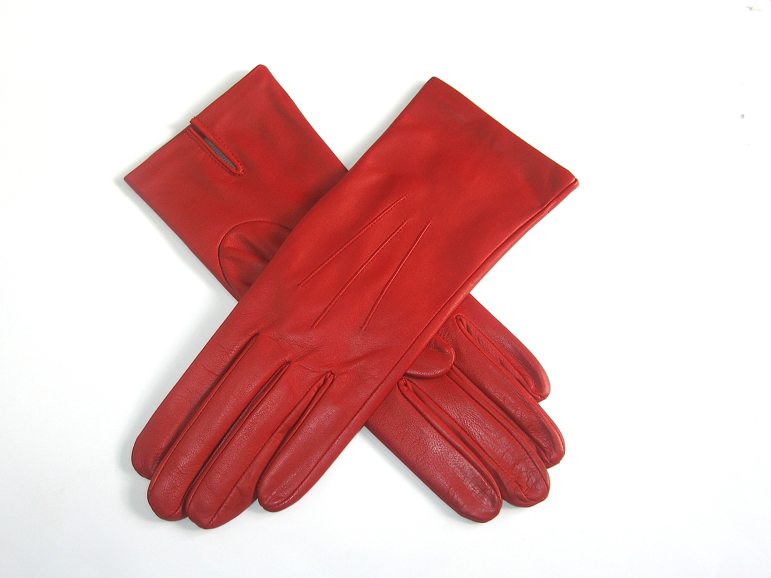 Pittards ladies leather gloves - Classic Leather Gloves In Berry Made From The Beautiful Pittards Extrasoft 3000 Leather Featuring 3 Point Stitching On The Back And A Palm Vent
