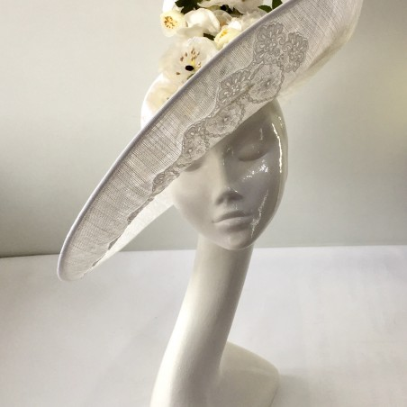 White sinamay hat with silk 1241ee7ad63
